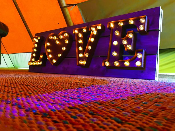 Love Light Up Carnival Sign
