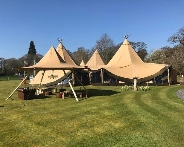Nimbus Tipi Hire - Perfect Quaint Space For Outdoor Bar!